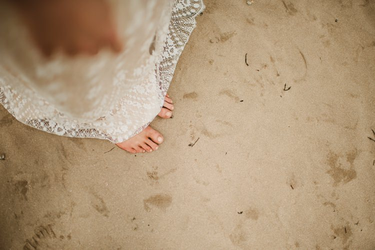 Barefoot Bride Homely Ethereal Intimate Country House Wedding https://www.photosligo.com/