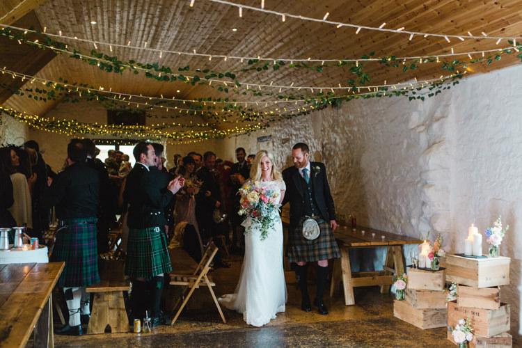 The Prettiest Spring Barn Pastels Wedding https://www.thegibsonsphotography.co.uk/