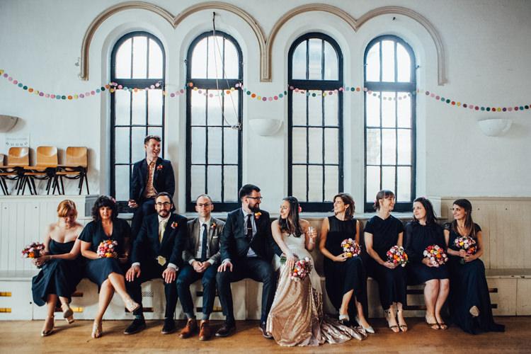 Festoons Gold Sequin City Party Wedding http://septemberpictures.com/