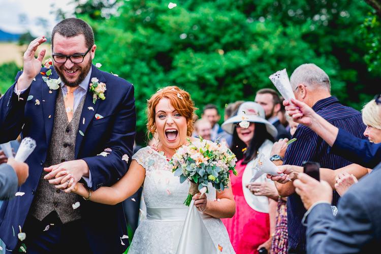 Confetti Throw Eclectic Outdoor Barn Wedding https://www.barneywalters.com/