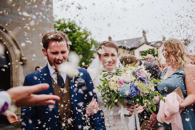 Confetti Throw Boho Funfair Floral Country Wedding https://www.jonnybarratt.com/