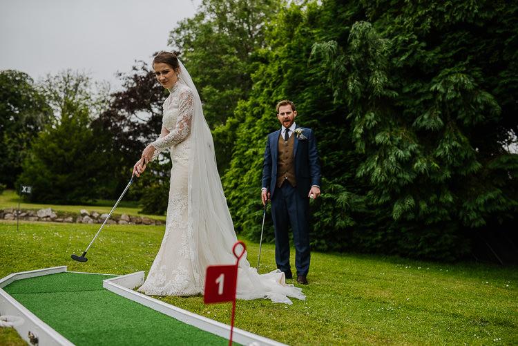 Crazy Golf Boho Funfair Floral Country Wedding https://www.jonnybarratt.com/