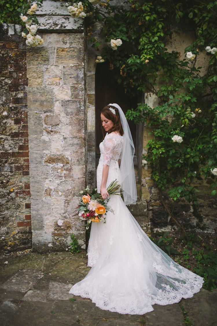 Bride Bridal Dress Gown Sweetheart Neckline Lace Jacket Veil Fishtail Diamante Belt Bouquet Dahlia Rose Berries GreeneryFairy Lights Vibrant Florals Summer Barn Wedding https://www.oliviajudah.co.uk/