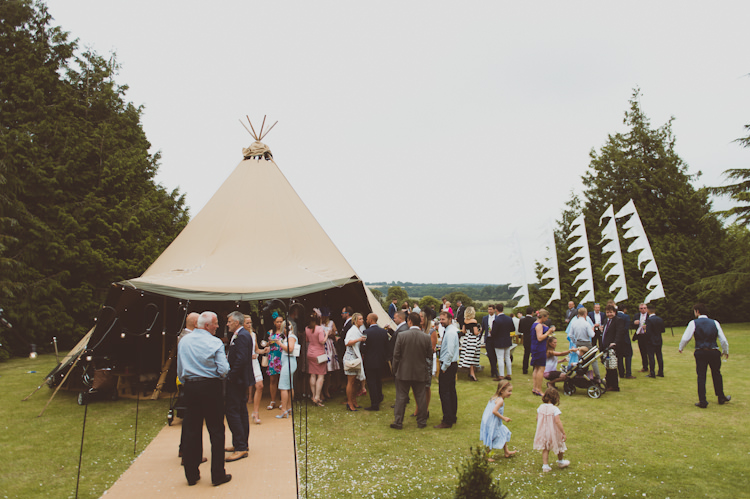 Stylish Festival Tipi Wedding http://sashaweddings.co.uk/
