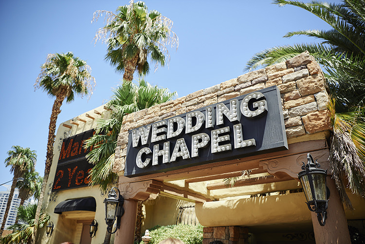 Wedding Chapel Sign Palm Trees Hip Elvis Las Vegas Destination Wedding http://www.roseimages.co.uk/