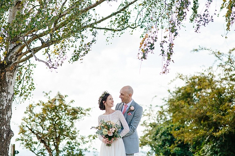Grey Lavender Blush Country Restaurant Wedding http://www.whelanphotography.co.uk/