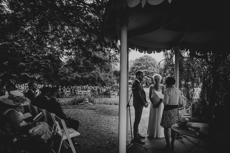 Vintage Circus Funfair Wedding http://theliferomantic.co.uk/