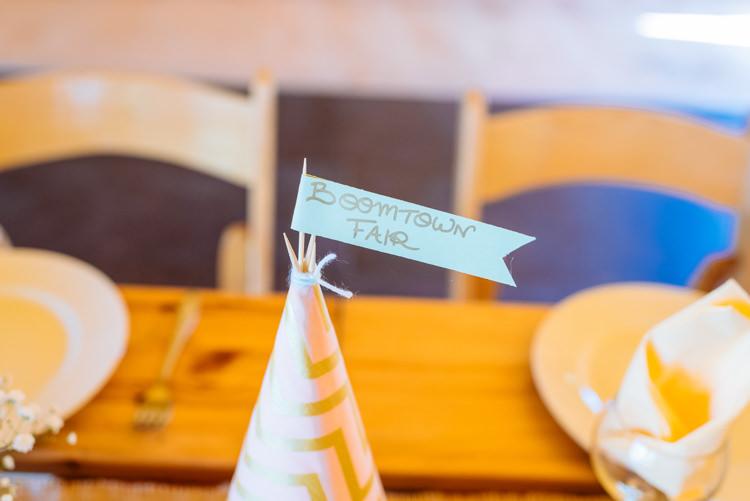 Table Name Wigwam Tent Flag Cute Summer Festival Tipi Wedding http://www.daffodilwaves.co.uk/