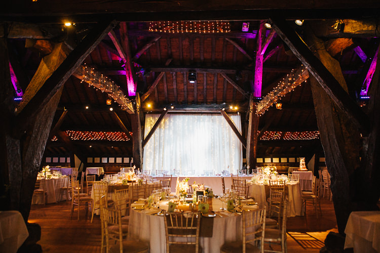 Exquisite Relaxed Rustic Barn Wedding http://www.emiliemay.com/