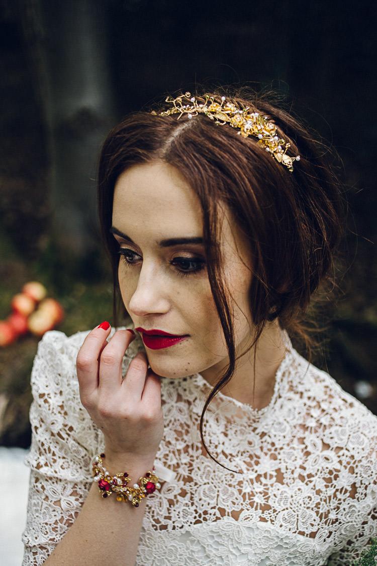 Make Up Beauty Red Lips Bride Bridal Magical Snow White Woodland Wedding Ideas https://www.chloeleephoto.co.uk/