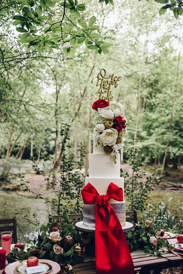 Tall Five Tier Cake Ribbon Red Magical Snow White Woodland Wedding Ideas https://www.chloeleephoto.co.uk/
