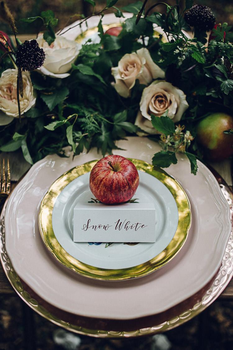 Place Setting Apple Decor Table Styling Magical Snow White Woodland Wedding Ideas https://www.chloeleephoto.co.uk/