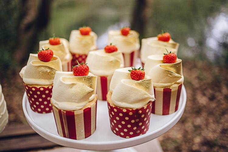 Cupcakes Magical Snow White Woodland Wedding Ideas https://www.chloeleephoto.co.uk/