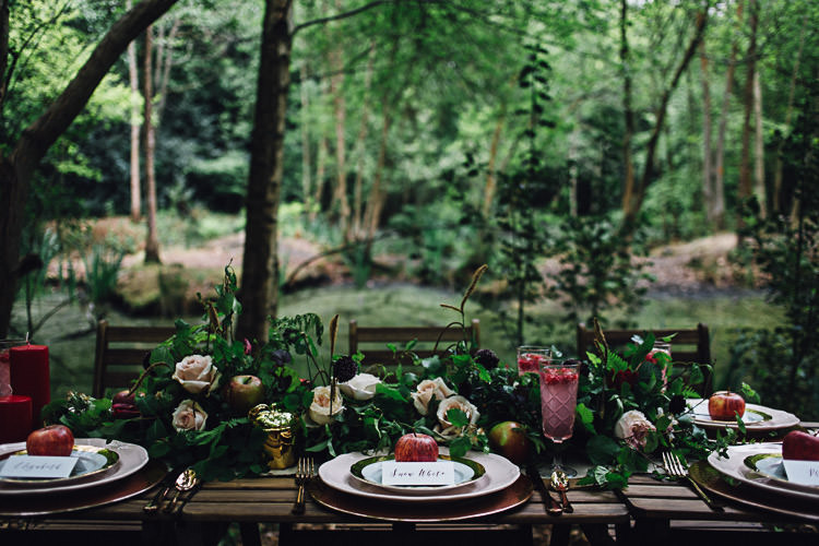 Tablescape Flowers Red Green Outdoor Decor Table Styling Magical Snow White Woodland Wedding Ideas https://www.chloeleephoto.co.uk/