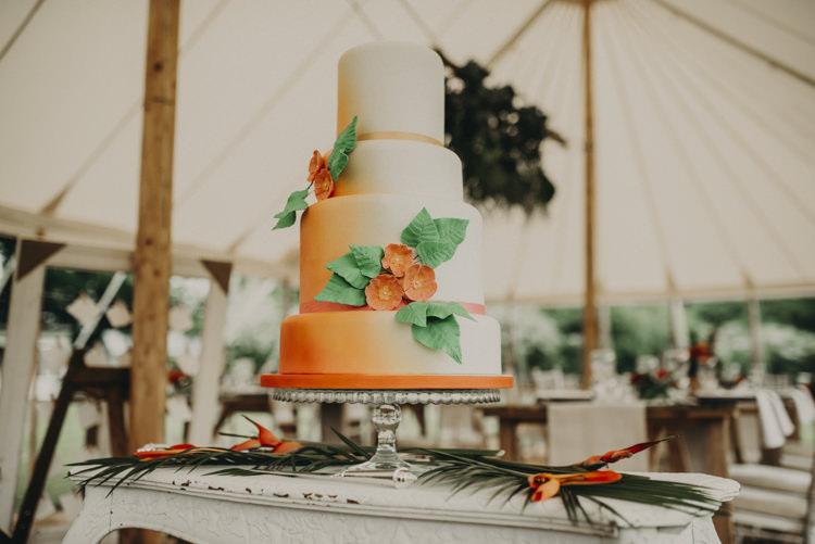 Ombre Orange Cake Flowers Leaves Vibrant Tropical Wedding Ideas http://foto-memories.co.uk/