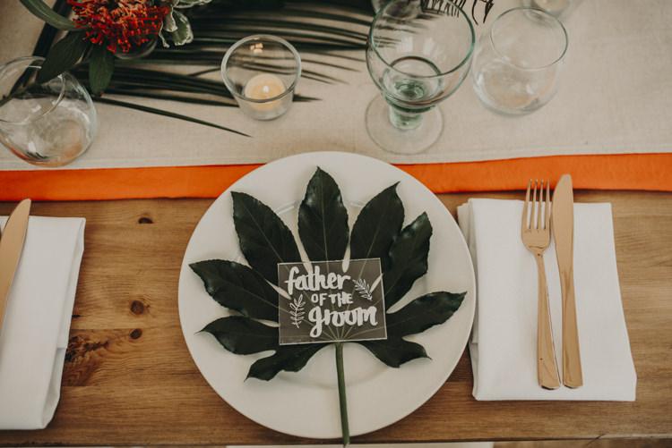 Palm Leaf Place Setting Decor Vibrant Tropical Wedding Ideas http://foto-memories.co.uk/