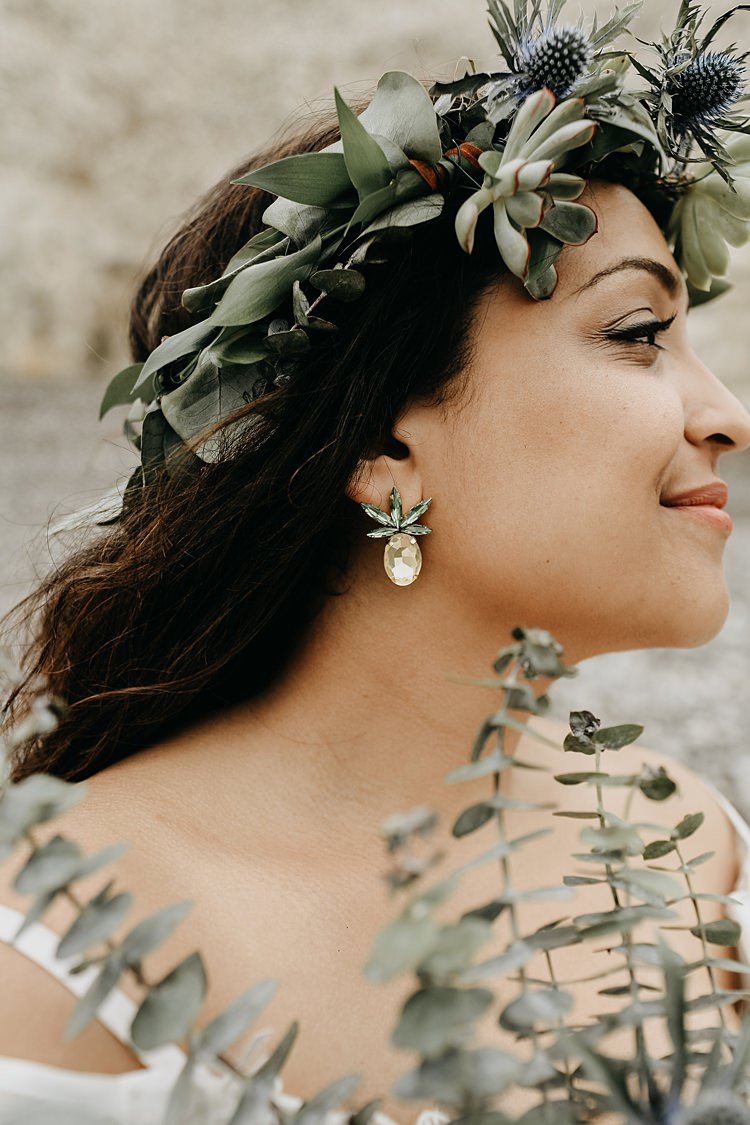 Make Up Bride Bridal Rustic Greenery Copper Chateau Wedding in France http://hindmari.com/