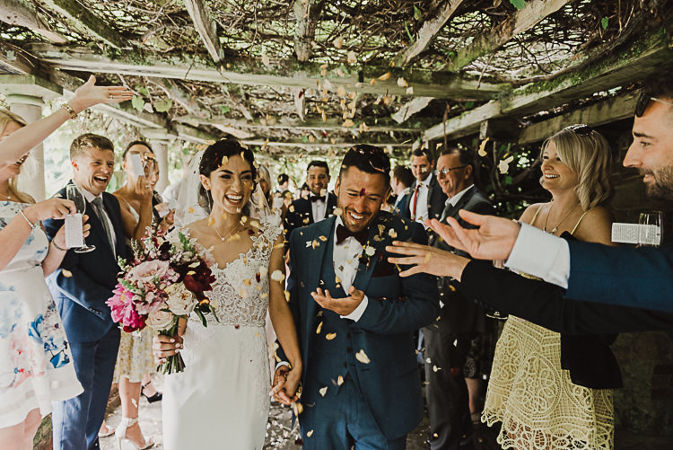 Confetti Throw Stylish Woodland Tipi Wedding Flower Arch https://willpatrickweddings.com/