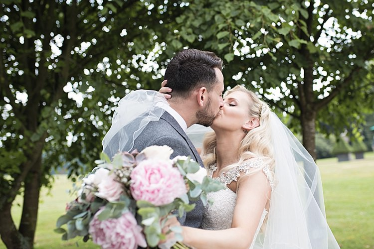 Classic Romantic Pretty Wedding https://kerryannduffy.com/