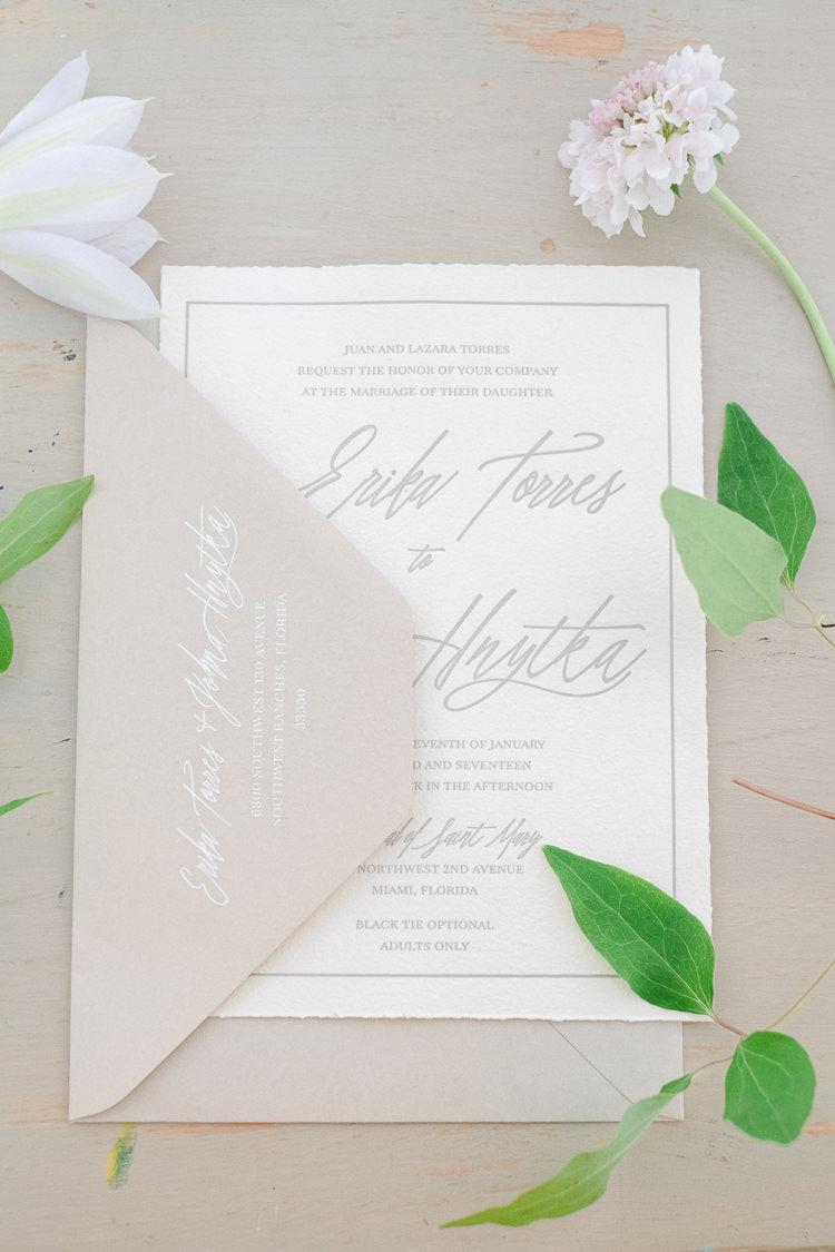 Stationery Invites Inbitations Grey Neutral Calligraphy Light Soft Romantic Wedding Ideas http://www.vanessavelez.photo/