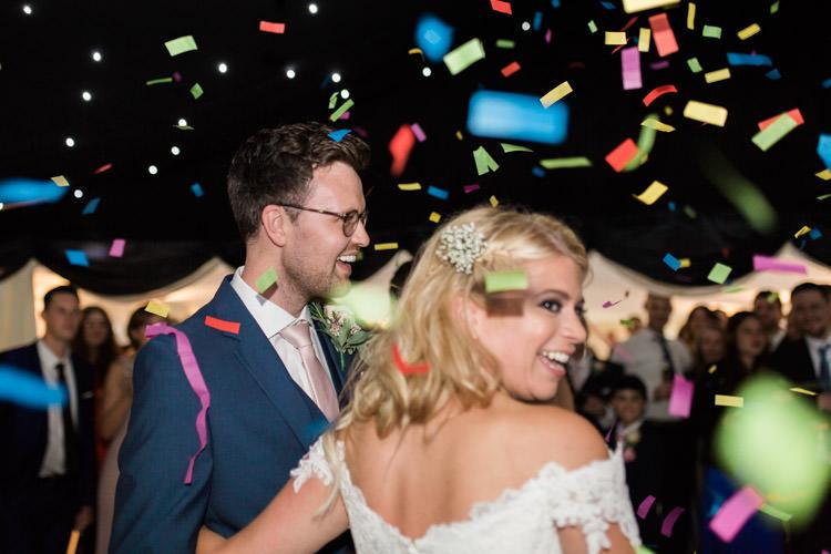 Confetti Bomb First Dance Simple Natural Honest Marquee Wedding https://www.gemmagiorgio.com/