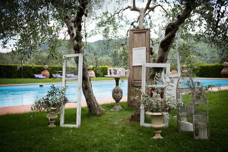 Swimming Pool Bird Cages Photo Frame Doors Urns Yellow Navy Outdoor Tuscany Wedding http://www.natalymontanari.com/