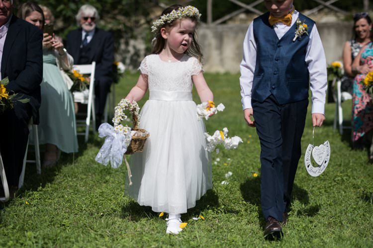 Flower Girl Page Boy Petals Scatter Daisy Crown Yellow Navy Outdoor Tuscany Wedding http://www.natalymontanari.com/