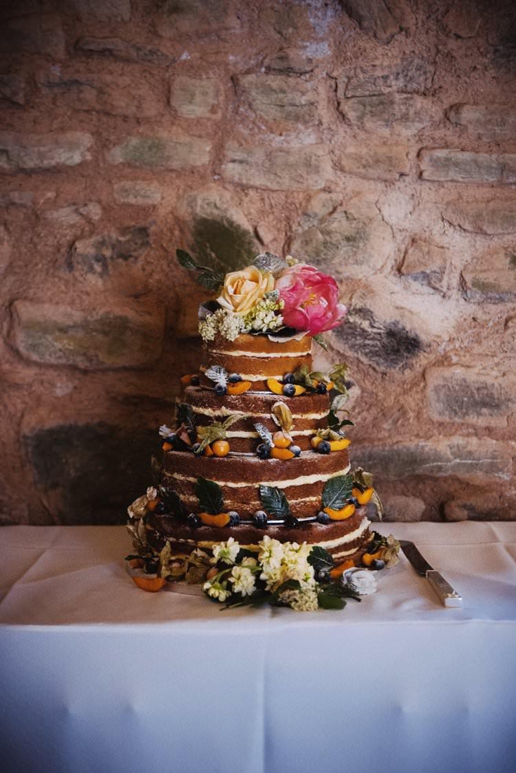 Naked Cake Sponge Layers Flowers Fruit Bohemian Creative Summer Barn Wedding http://www.pocketsquarephotography.com/
