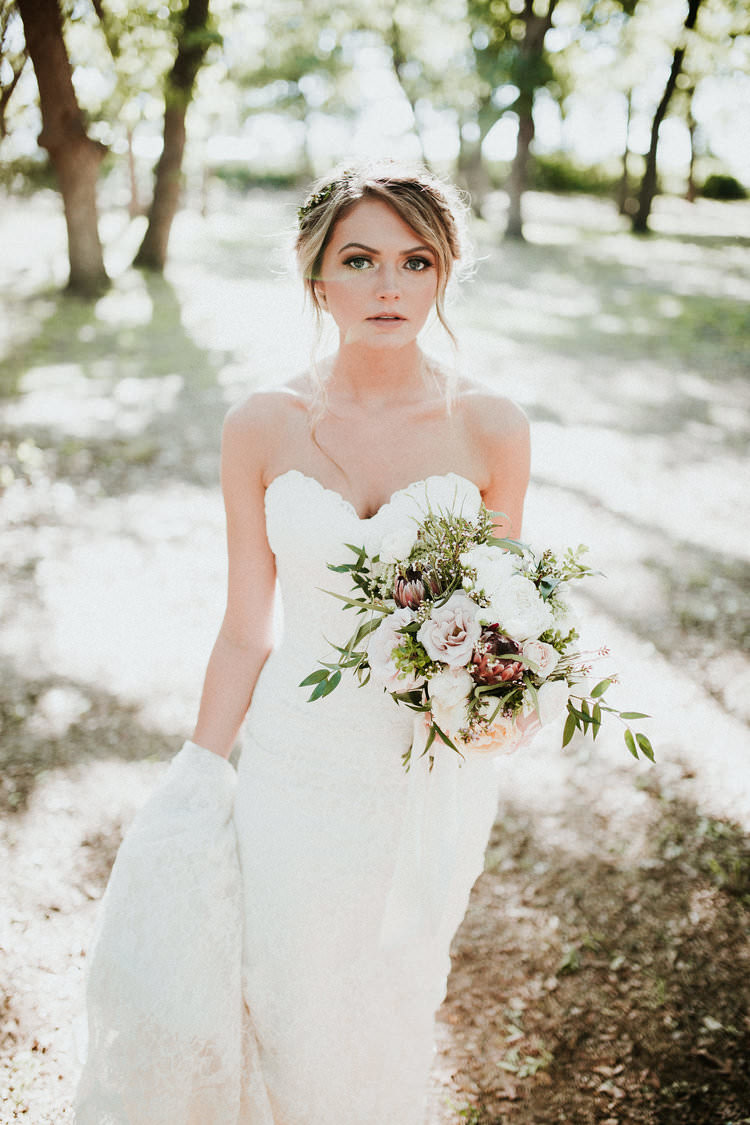 Organic Earthy & Fun Wedding in Oklahoma | Whimsical Wonderland Weddings