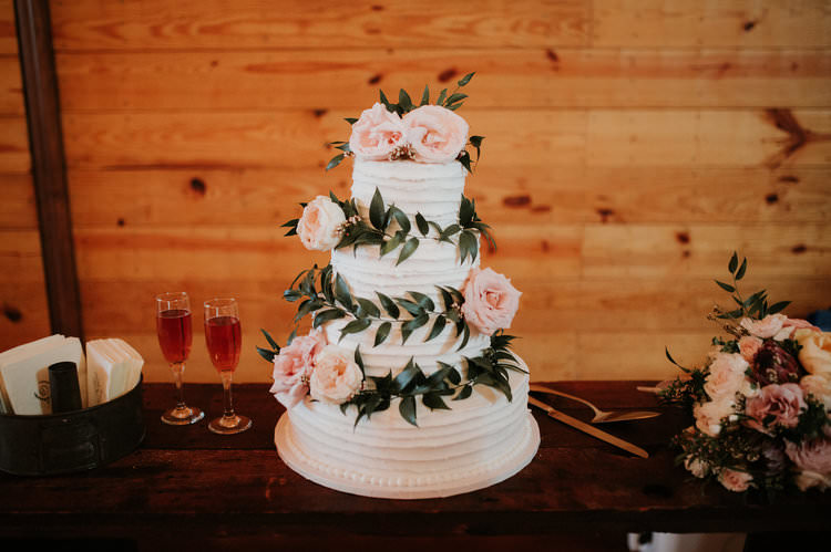 Outdoor Rustic Boho Barn Natural White Cake Foliage Blush Roses | Organic Earthy Fun Wedding Oklahoma http://zaynewilliams.com/