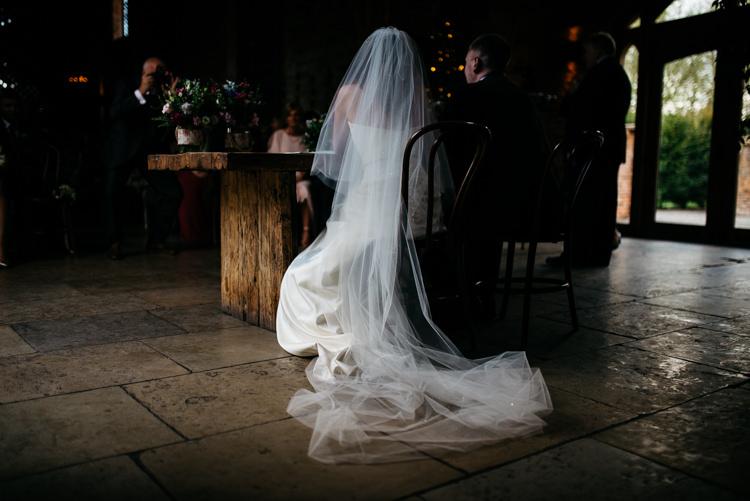 Veil Bride Bridal Red Rustic Spring Barn Wedding http://www.jennymacare.com/