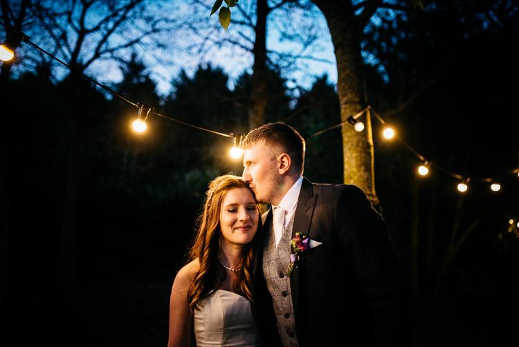 Red Rustic Spring Barn Wedding http://www.jennymacare.com/