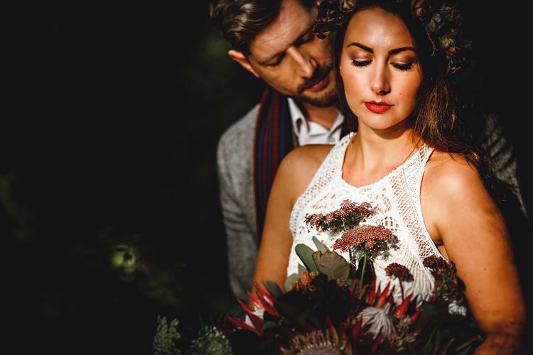 Make Up Bride Bridal Cosy Autumn Woodland Tipi Wedding Ideas http://hbaphotography.com/