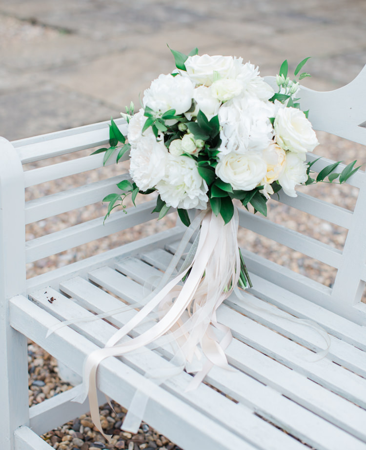 White Bouquet Flowers Rose Hydrangea Bride Bridal Ribbons Peonies Fresh Modern Countryside Outdoor Wedding https://www.nikkismoments.com/