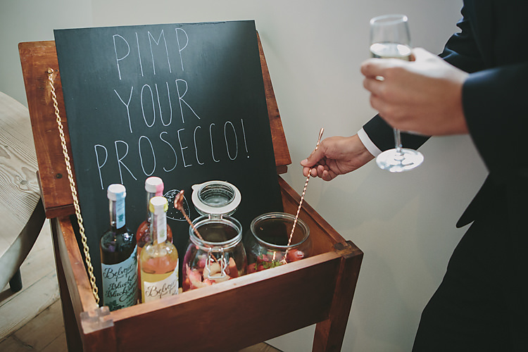 Pimp Your Prosecco School Desk Vintage Cordials Fruit Pretty Country Gin Wedding http://www.victoriasomersethowphotography.co.uk/
