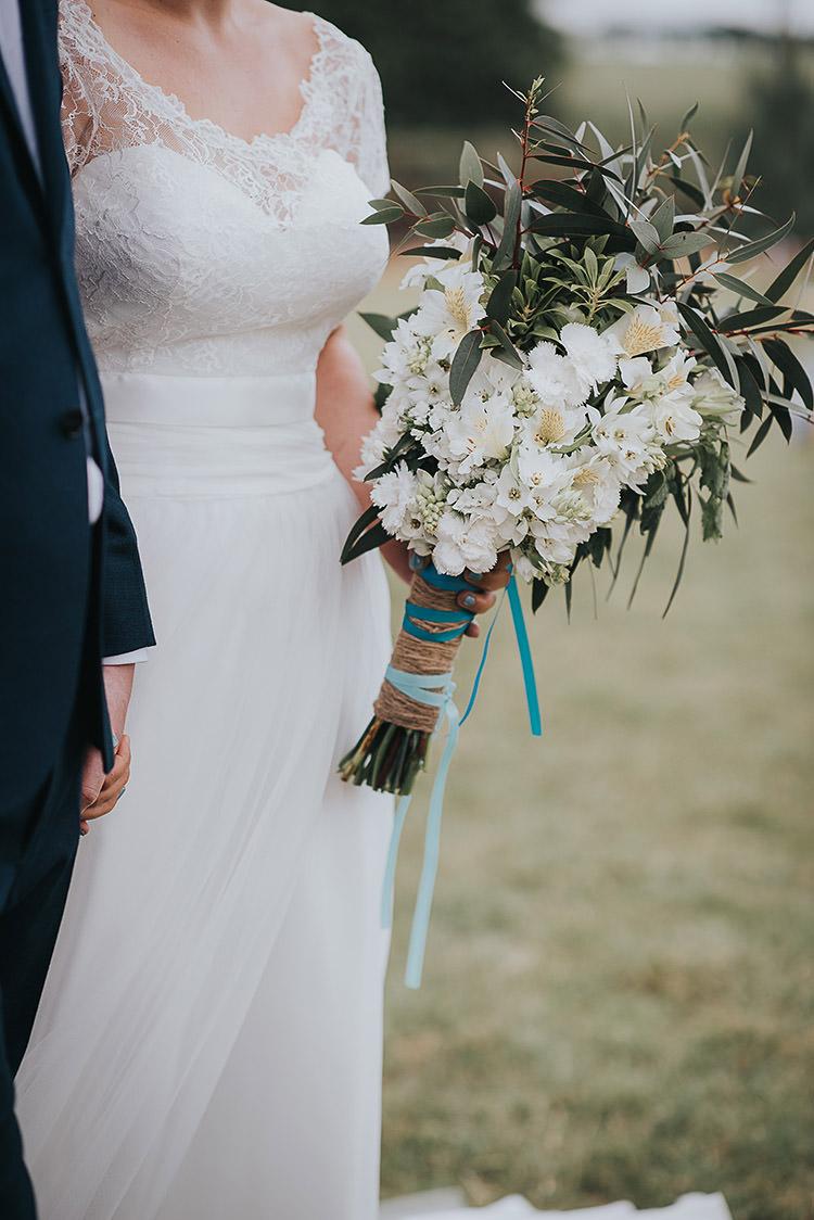 White Greenery Bouquet Bride Bridal Flowers Happy Crafty Summer Farm Wedding http://twigandvine.photography/