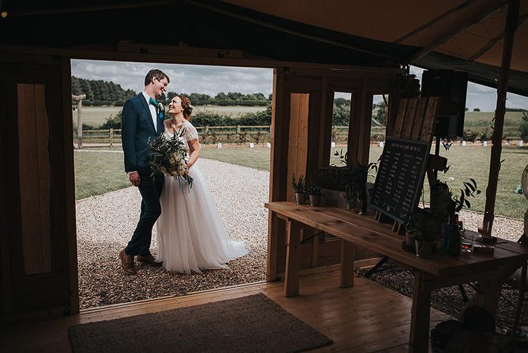 Happy Crafty Summer Farm Wedding http://twigandvine.photography/
