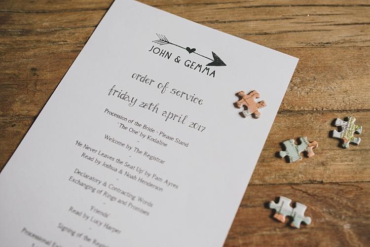 Order Service DIY Untraditional Pretty Travel Barn Wedding https://www.georgimabee.com/