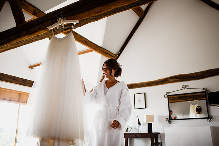 Tulle Skirt Bride Bridal Chic Country Cotswolds Barn Wedding http://annabphotography.co.uk/