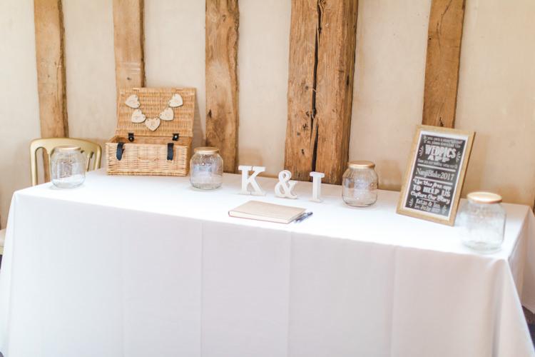 Pastels Gold Pretty Summer Barn Wedding http://summerlilystudio.com/