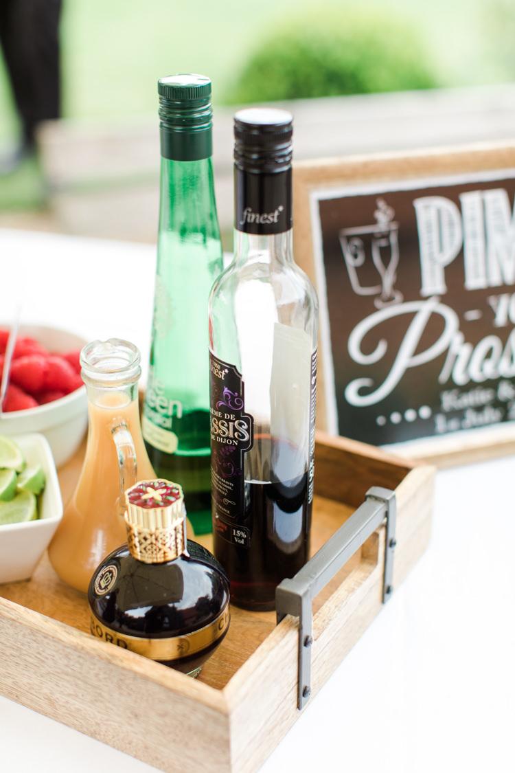 Pimp Prosecco Station Bar Stand Pastels Gold Pretty Summer Barn Wedding http://summerlilystudio.com/