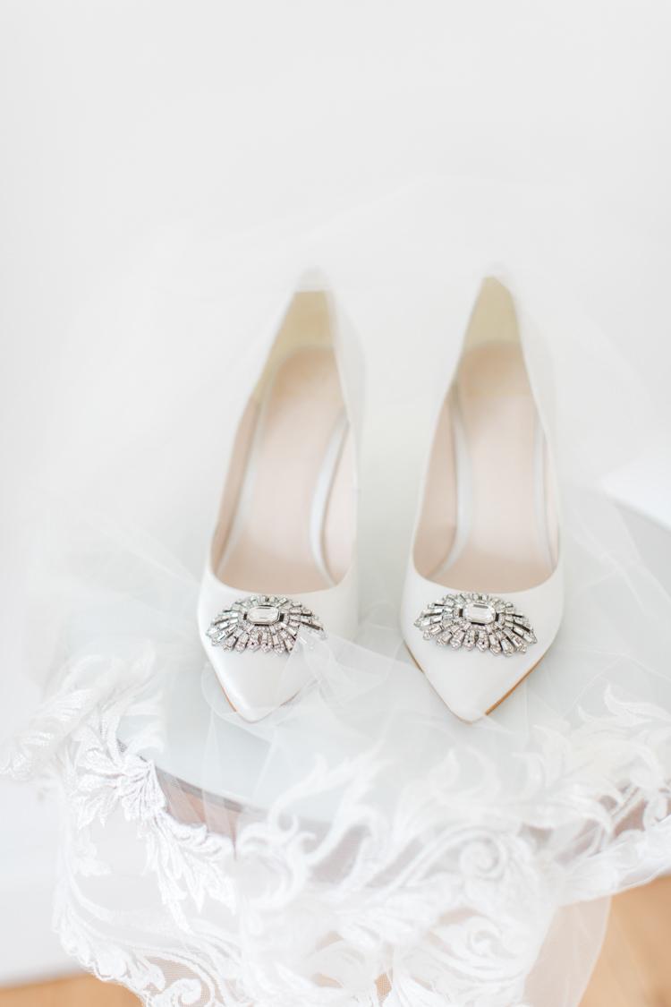 Jenny Packham Shoes Bride Bridal Heels Pastels Gold Pretty Summer Barn Wedding http://summerlilystudio.com/