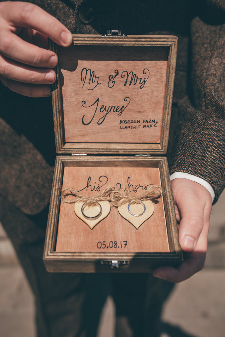 Ring Box Ceremony Bands Natural Earthy Greenery Home Made Wedding http://rachellambertphotography.co.uk/