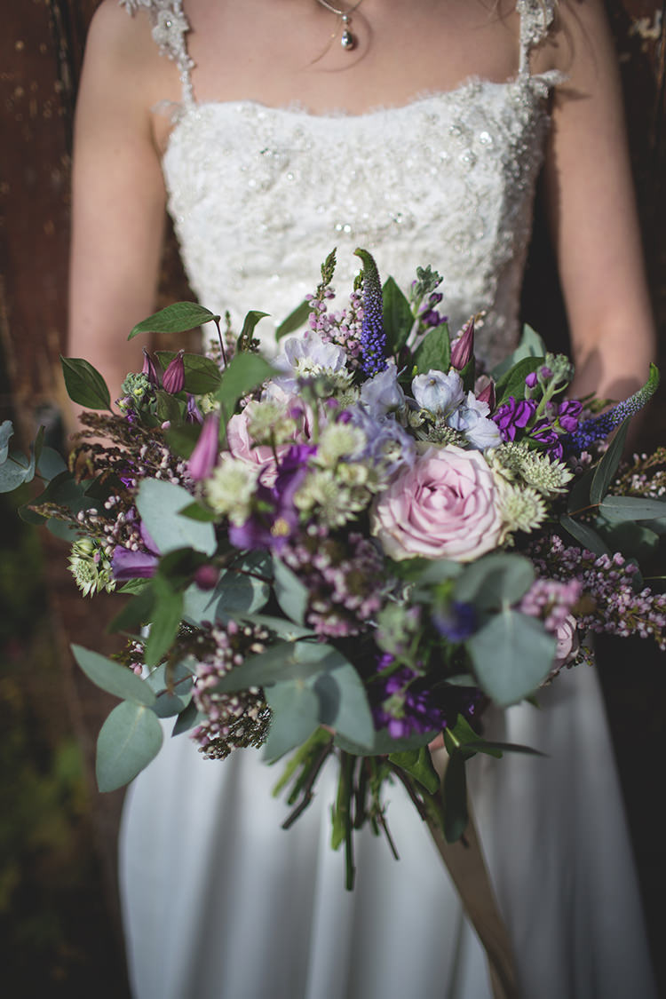Ultra Violet Wedding Pantone Colour 2018 http://www.photographsbyeve.co.uk/