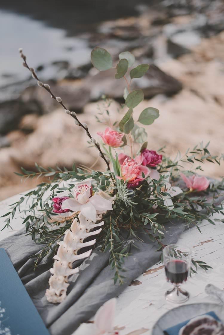 Table Bone Flower Centerpiece Grey Runner Norway Mountain Elopement | Moody Chic Norwegian Fjord Wedding Ideas https://www.anoukfotografeert.nl/