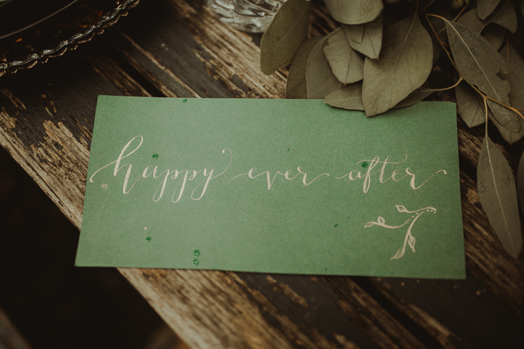 Table Decoration Tablescape Gold Green Calligraphy Stationery Flowers Black Red Greenery Moody Ethereal Winter Woodland Wedding Ideas http://belleartphotography.co.uk/