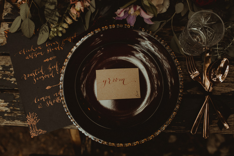 Table Decoration Tablescape Place Setting Gold Green Calligraphy Stationery Flowers Black Red Greenery  Moody Ethereal Winter Woodland Wedding Ideas http://belleartphotography.co.uk/