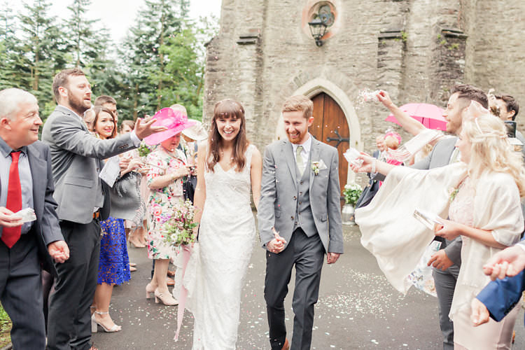 Confetti Throw Fun Late Summer Outdoor Farm Wedding http://bowtieandbellephotography.co.uk/