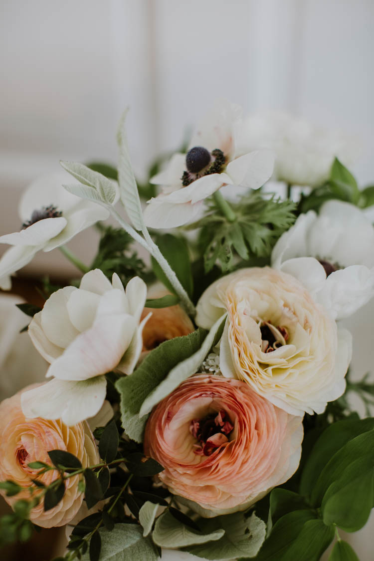 Bouquet Flowers Peach White Bride Bridal Rustic Copper Spring Barn Wedding http://www.alexandrajane.co.uk/