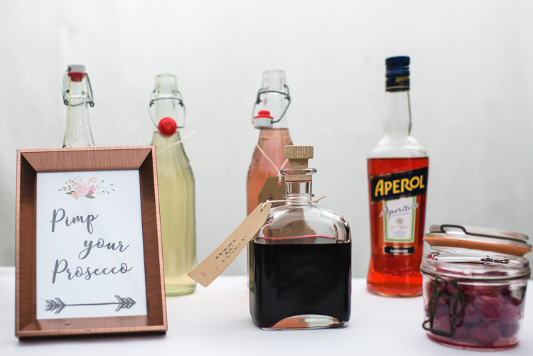 Pimp Your Prosecco Aperol Personal Homegrown Country Farm Wedding https://www.emmahare.com/